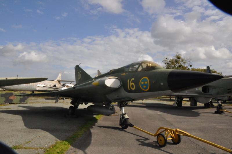 Photos des réserves du Musée du Bourget Dsc_3170