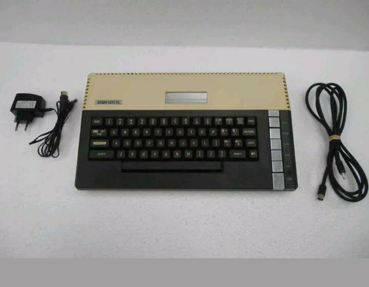 معرض بيع جهاز اتارى 800XL  136