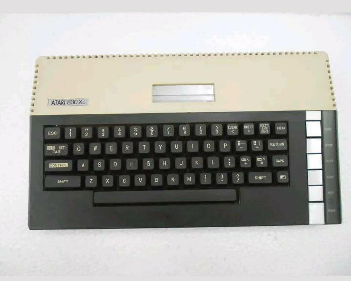 معرض بيع جهاز اتارى 800XL  235
