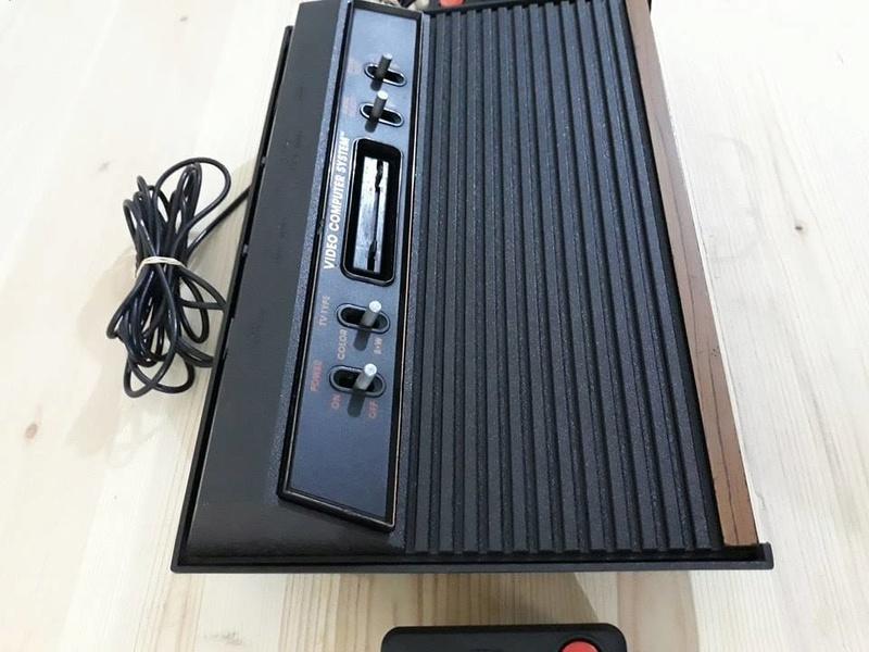 معرض بيع أجهزة أتارى 2600 أرسل طلبك الينا نحدد لك السعر 322