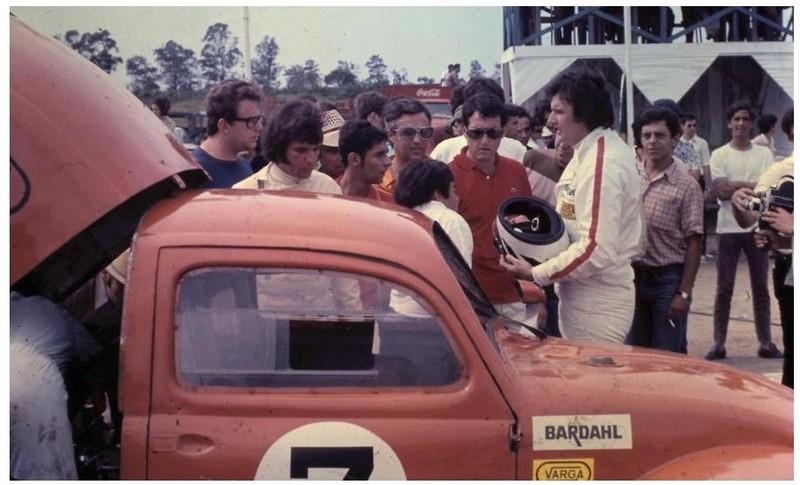 Cox 3200 des frères Fittipaldi persimmon orange up du 14/11 - Page 2 39_d1_10