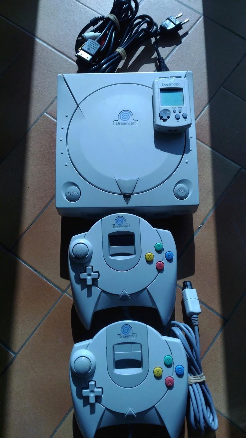 [Vds] Console Sega Dreamcast à réparer + 2 manettes + vmu P_201812