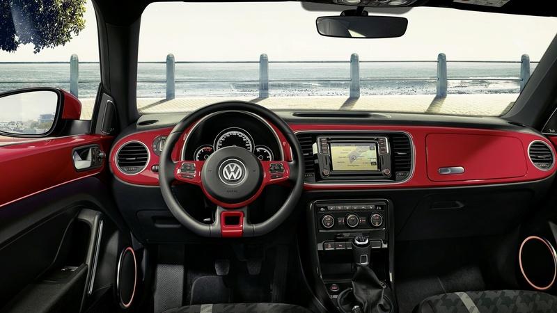 Volkswagen dice addio al Maggiolino 2016-v10