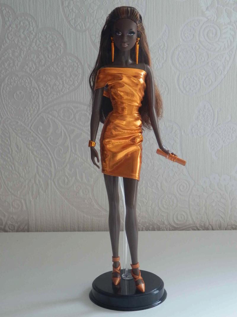 Les Barbies de collection de Kaoru ^^ - Page 2 P5130015