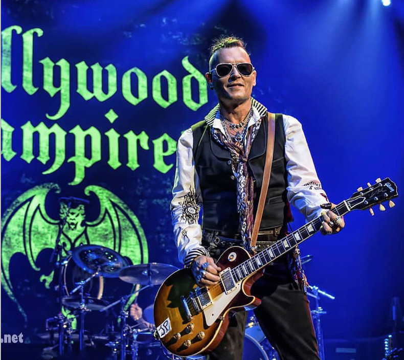Le groupe Hollywood Vampires . - Page 27 20180517