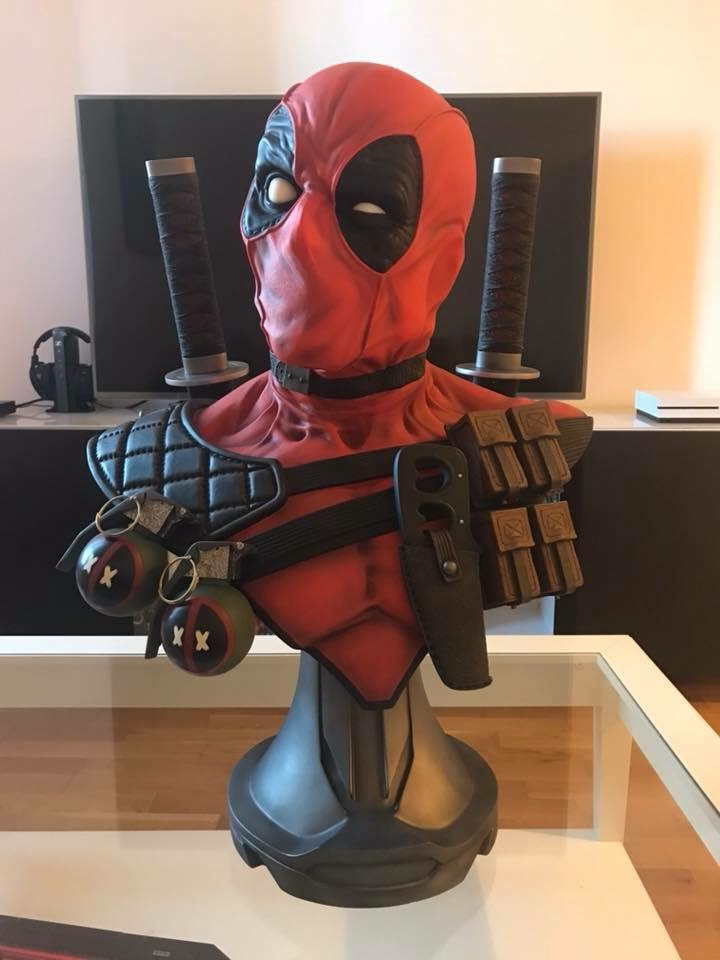 collection marvel2017 : arrivee dr doom hcg wolverine pf spiderman hot toys - Page 17 07ae7a10