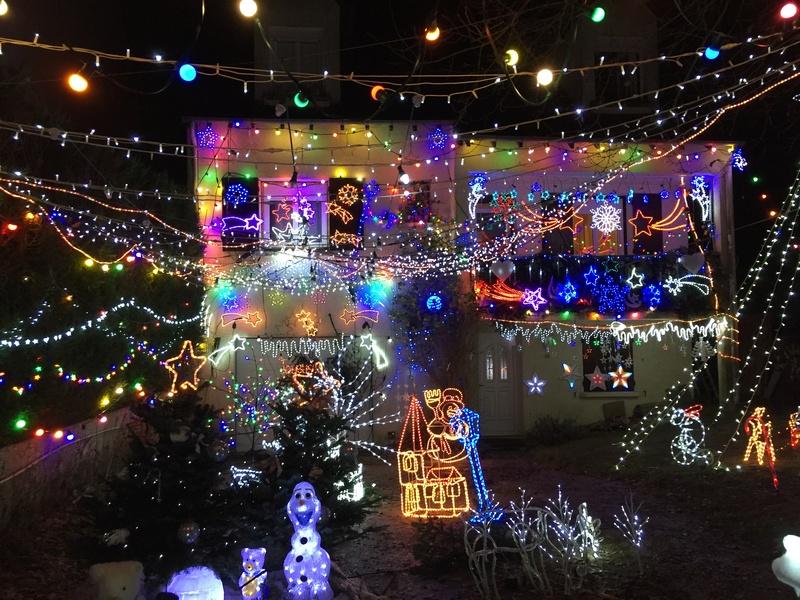 Illuminations de Noël lancement de la saison 2018! Img_5223