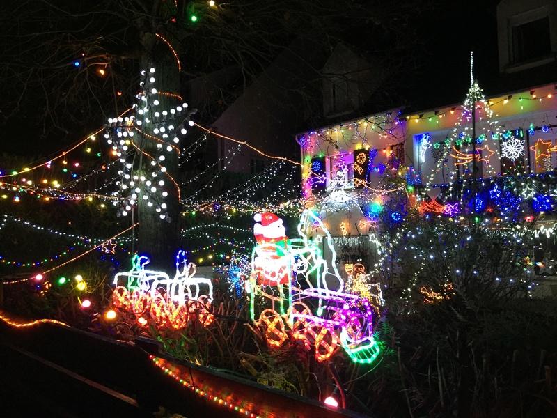 Illuminations de Noël lancement de la saison 2018! Img_5224