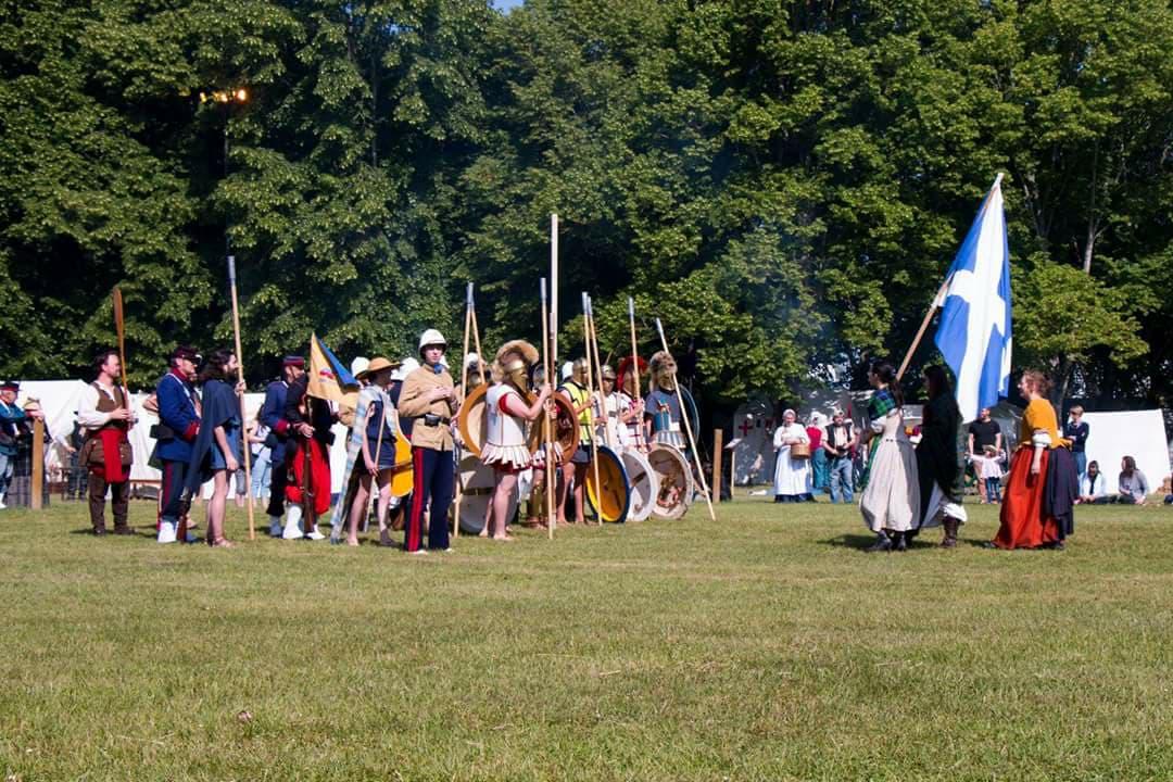 Heures Historiques de Sully-sur-Loire 2018 33471810