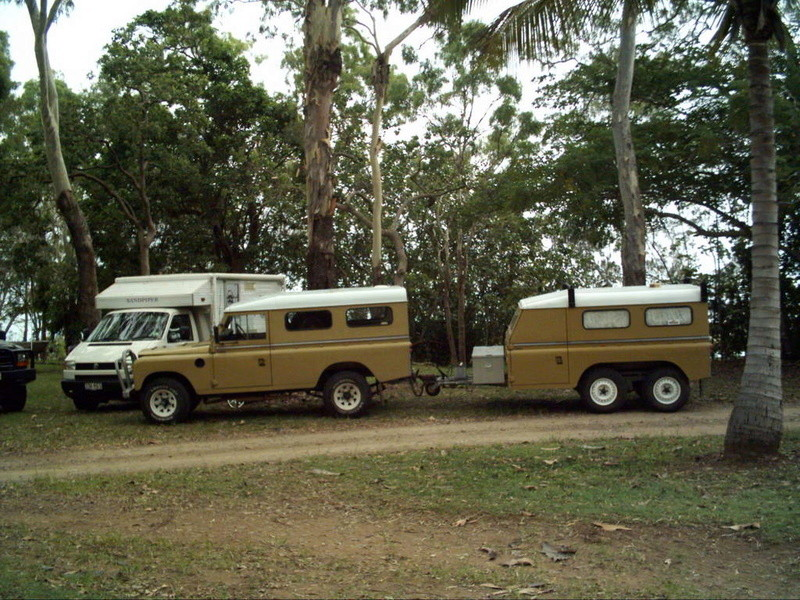 Les Defender 90 / 110 & 130 6x6 - Land  109 série I - II & III  - Page 6 Df631610