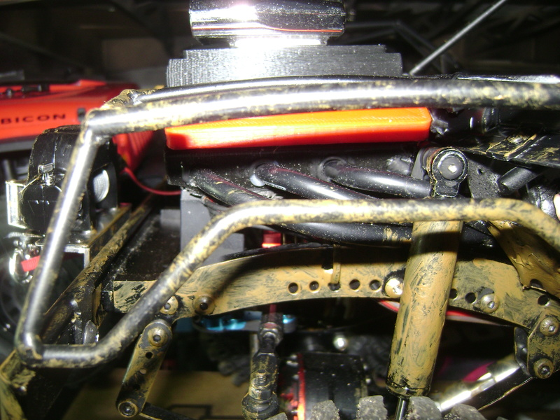 AMXROCK CRAWLER Chenilles Amewi (passé en roues) - Page 2 Dsc06262