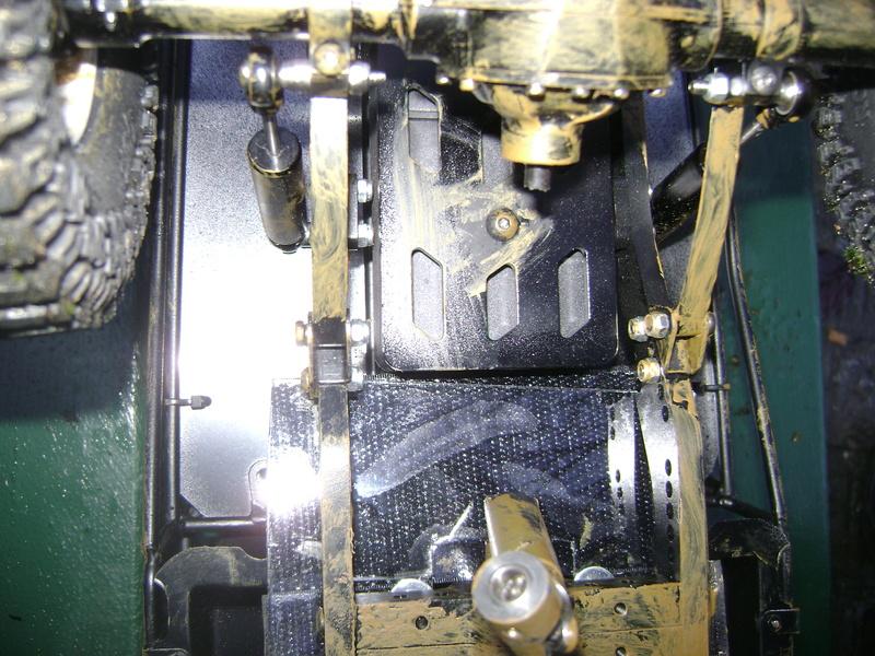 AMXROCK CRAWLER Chenilles Amewi (passé en roues) - Page 2 Dsc06392