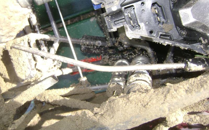 TRAXXAS UNLIMITED DESERT RACER - Tests & Améliorations de Trankilou Dsc07668