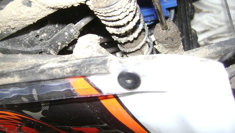 TRAXXAS UNLIMITED DESERT RACER - Tests & Améliorations de Trankilou - Page 5 Dsc07920