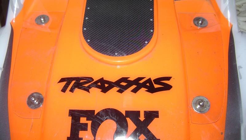 TRAXXAS UNLIMITED DESERT RACER - Tests & Améliorations de Trankilou - Page 5 Dsc07922