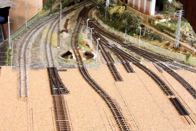Tren groc à VVB - Page 5 Raccor10