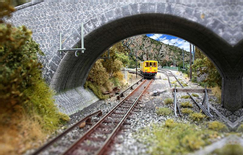 Tren groc à VVB - Page 4 Sous_p10