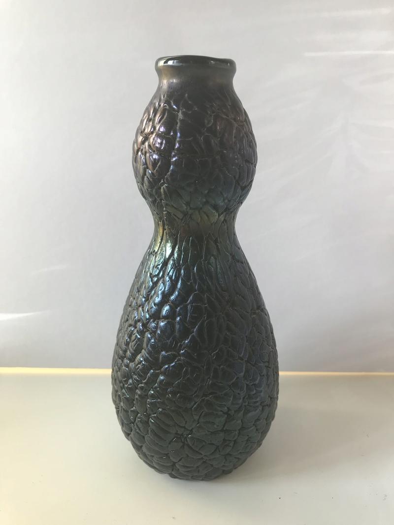 Arts Crafts Slag Glass vase - polished pontil - could it be attributed? Img_8112