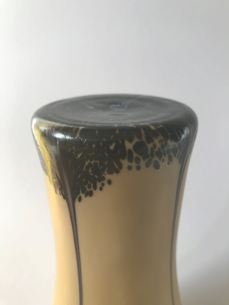 Tall elegant taupe cased vase - Any ideas to maker? Img_8115