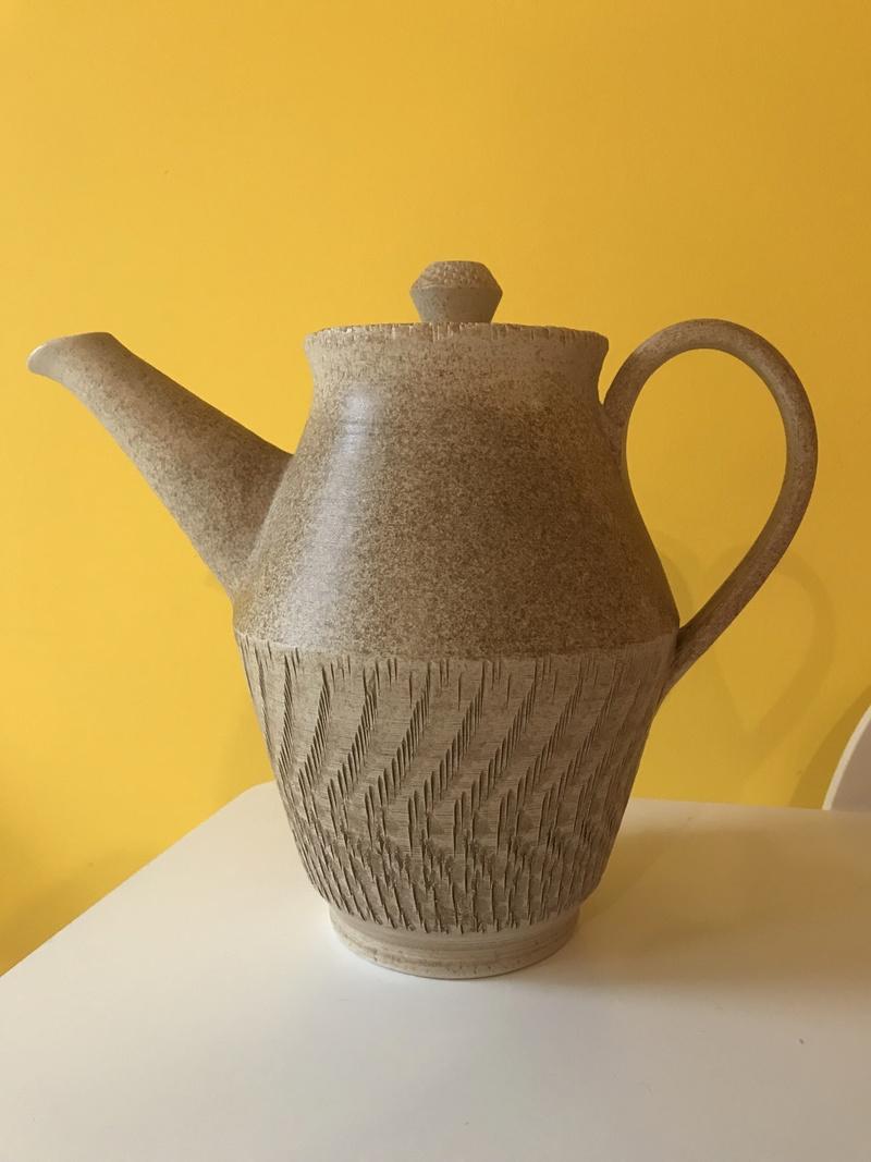 Bristow Pottery, Chillington, Devon Img_8121