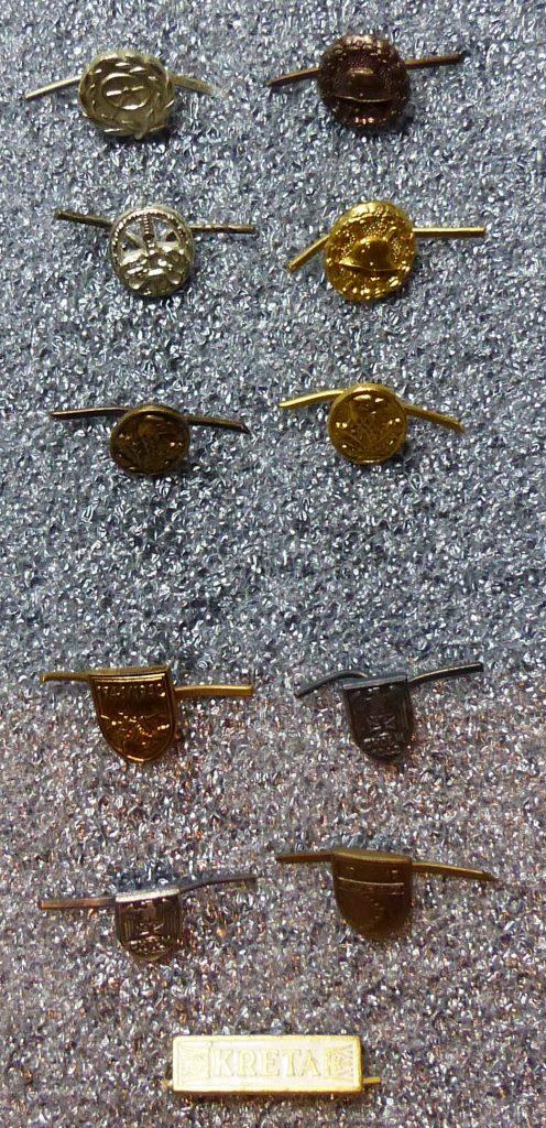 Petits insignes et épingles de cravates P1160162