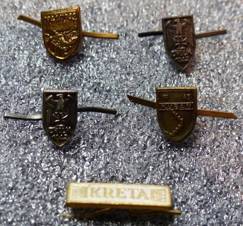 Petits insignes et épingles de cravates P1160165