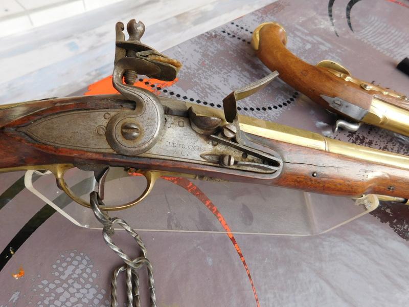 Pistolets à canon bronze Marine10