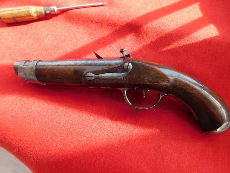 pistolet gendarmerie epoque révolution Pistol12