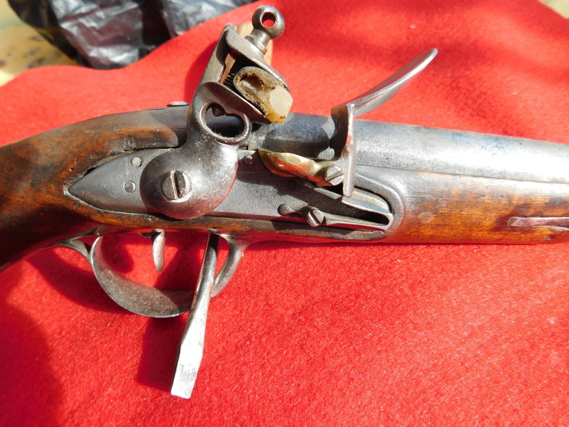pistolet gendarmerie epoque révolution Pistol16