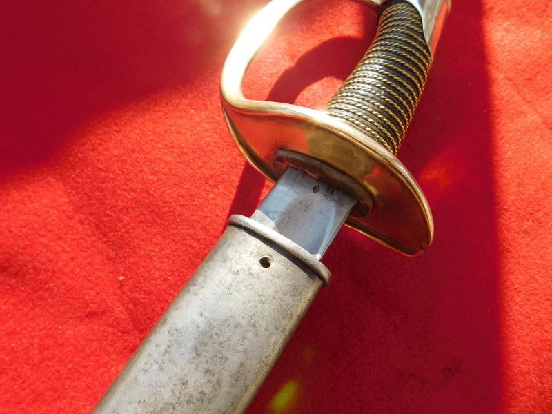 un sabre 1822 modifié ? Sabre_16