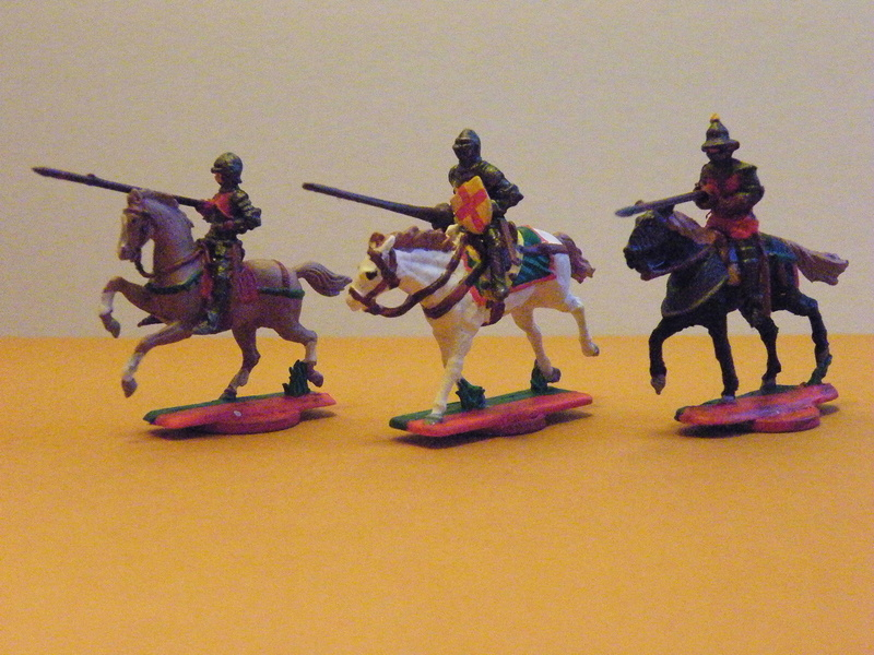 Neue Figuren (rot-grüne Armee) Dscf0010