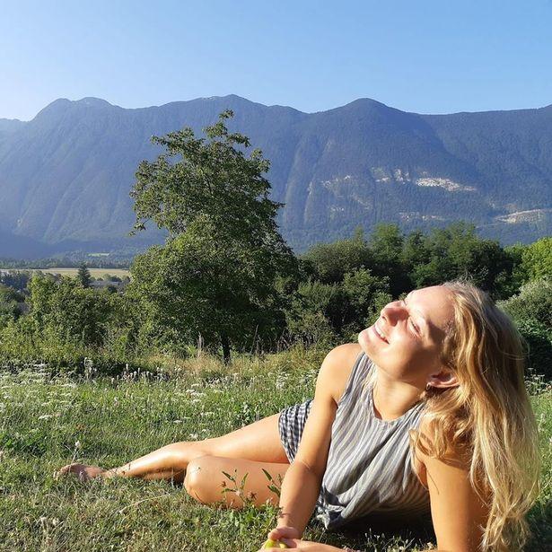tales of 5 tourists Carla Stefaniak 36 & Grace Millane  22 & Sarah Papenheim 21 0_loui10