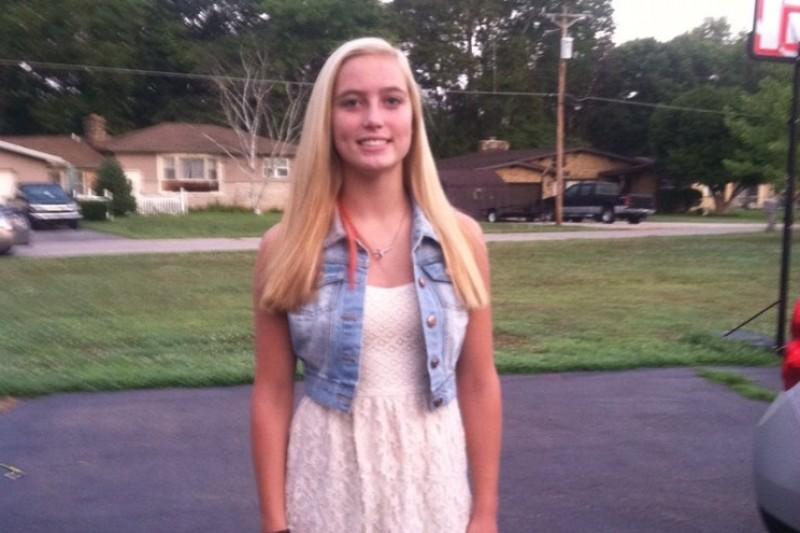 suicide of Sinead McNamara 20 joins  Hannah Green, age 17, Cortnee Eastman  15 54671711