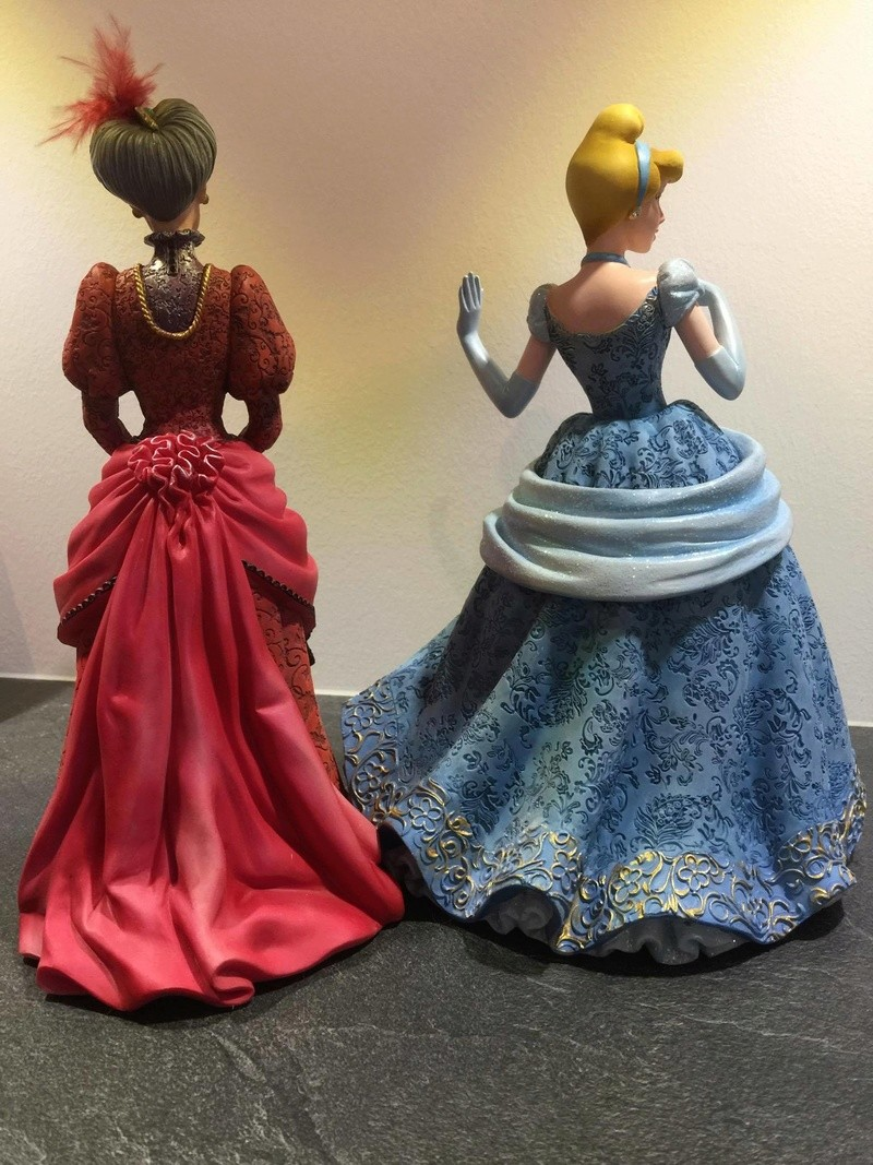 Disney Haute Couture - Enesco (depuis 2013) - Page 11 24623812