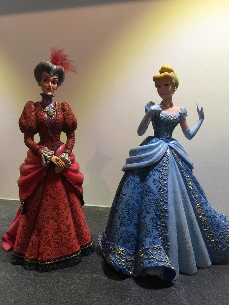 Disney Haute Couture - Enesco (depuis 2013) - Page 11 24740110
