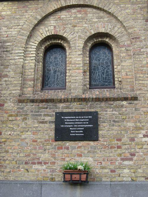 Hommage aux 7 plongeurs-démineurs morts le 10 juin 1969 Dyn00610