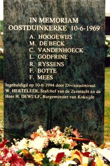 Hommage aux 7 plongeurs-démineurs morts le 10 juin 1969 Dyn00810