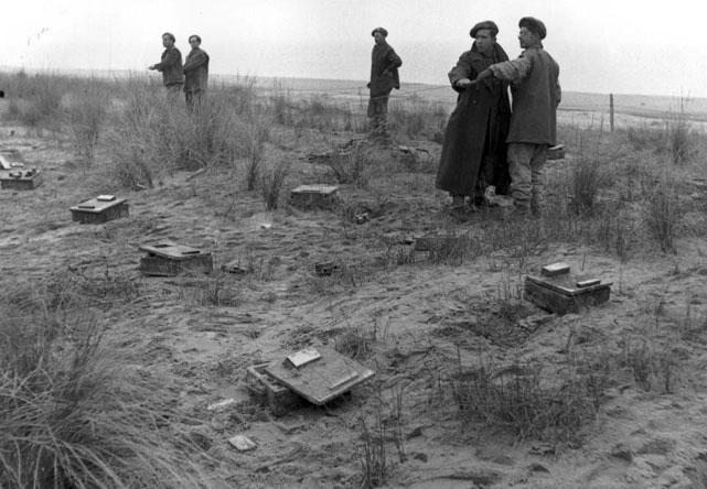 Hommage aux 7 plongeurs-démineurs morts le 10 juin 1969 Wwii-t10
