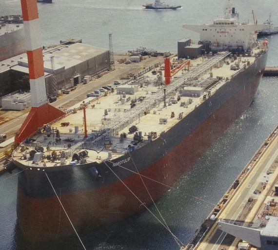 Deadweight tonnage 14362310