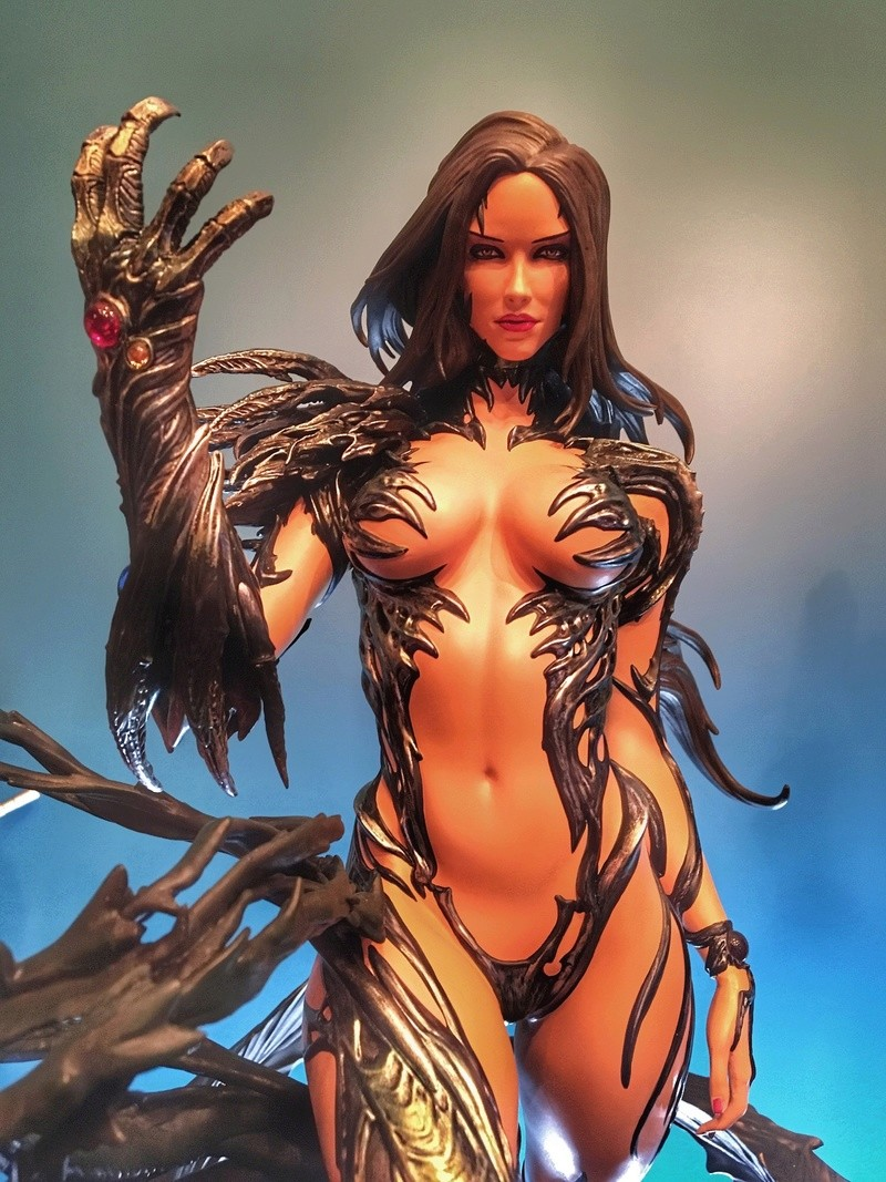 Premium Collectibles : Witchblade - Page 5 Eba32210