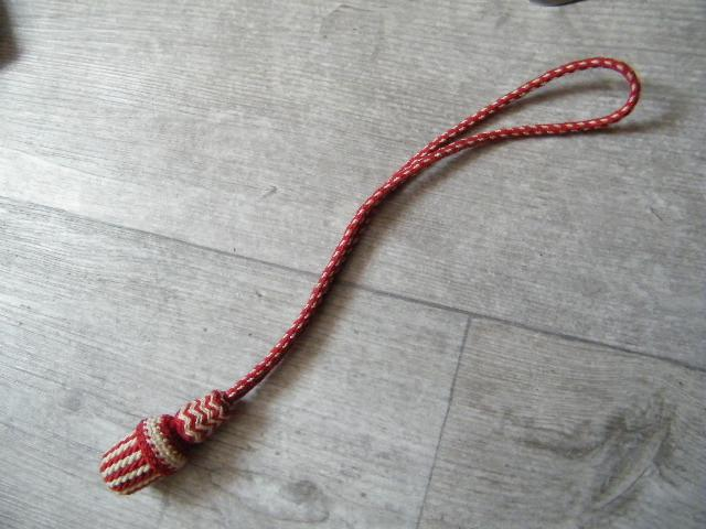 Demande d'identification d'une dragonne (pour sabre Français) 00006_10