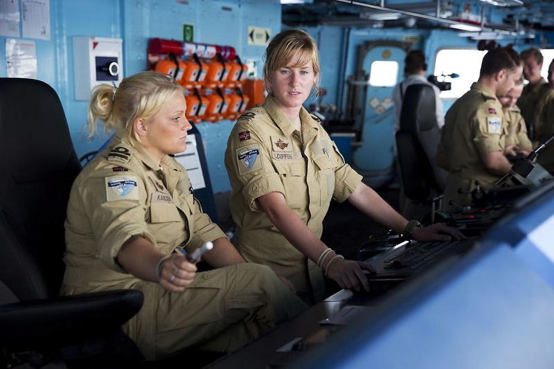 Norwegian Navy Khaki uniform  23077011