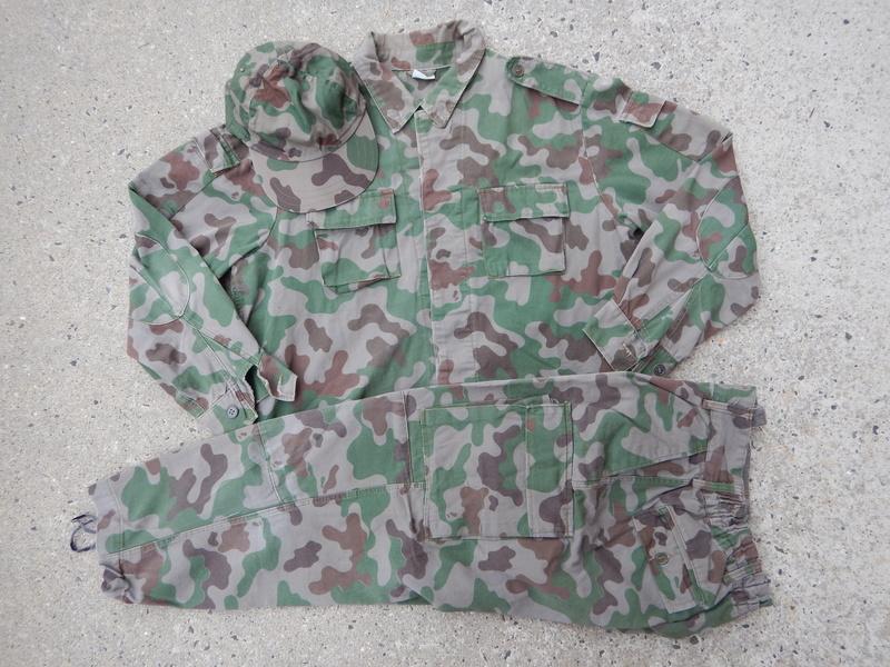 Lithuanian 3 Color Amoeba Shirt Dscn6956