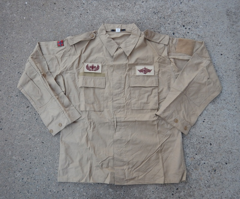 Norwegian Navy Khaki uniform  Dscn7011