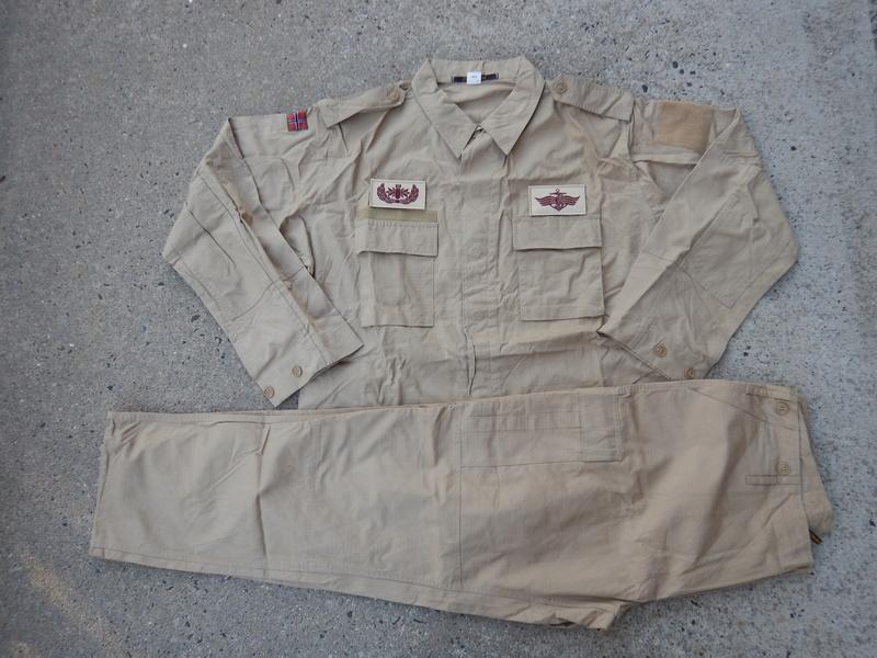 Norwegian Navy Khaki uniform  Dscn7012