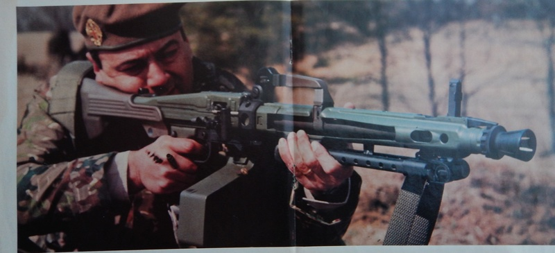 Soldier of Fortune magazine 1982 Dscn7111