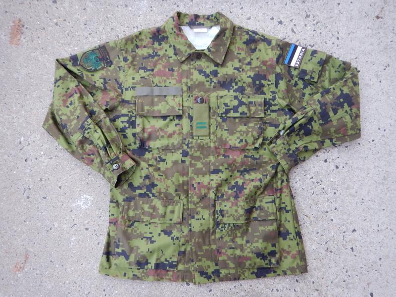 Estonian Defense League uniforms Dscn7713