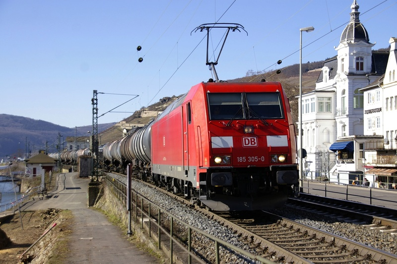 Was die Züge so bewegt ... - Seite 7 185_3010