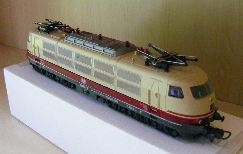 Lima's  BR 103 obenrum aufgepeppt Dscf8810