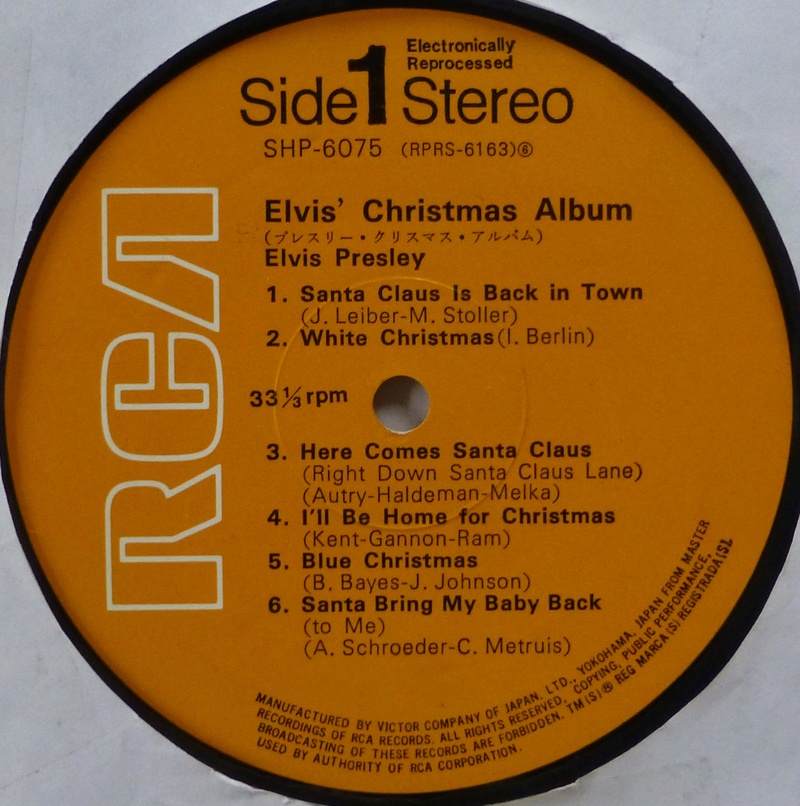 ELVIS' CHRISTMAS ALBUM Elvis_14
